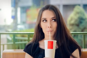 habits to avoid if you want to keep healthy teeth