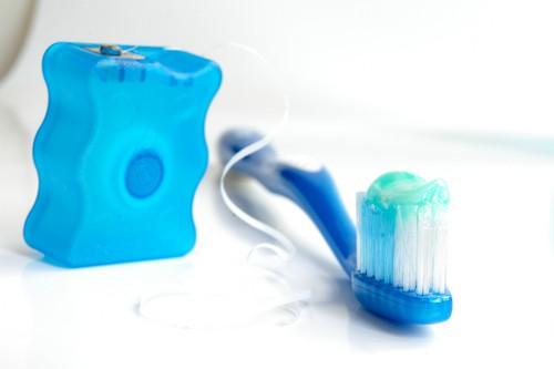 floss toothbrush