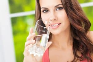 protect your oral health by avoiding dry mouth